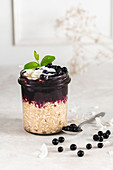 Oatmeal with blueberry mousse