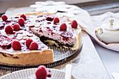 Vegan poppyseed cheesecake with berries
