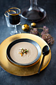 Chestnut and mushroom cream soup