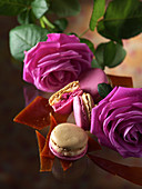 Macarons with caramel and roses