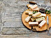 Sandwiches mit Marmelade zur Teatime