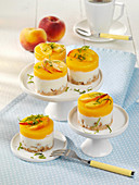 Peach tartlets (raw baking)