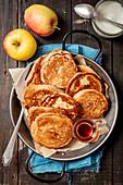 Pancakes mit Apfel