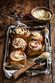Cinnamon rolls with coffee cream