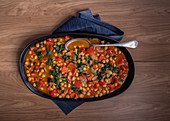 Red pepper and chickpea curry