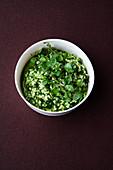 Perlgraupen-Birnen-Salat mit Brunnenkresse