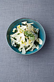 Artichoke salad with sage and Fourme d'Ambert cheese