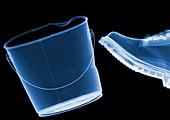 Boot kicking bucket, X-ray