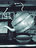 An old tea kettle