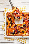 Summer tray bake cake with quark and fresh fruit