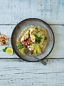 Taco mit Fisch und Avocado (Mexiko)