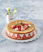 Strawberry cake from the refrigerator