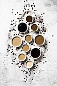 Mehrere Tassen Kaffee