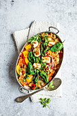 Fried vegetable rice with halloumi