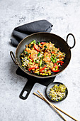 Chicken and vegetables stir-fry