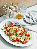 Tomato and artichoke salad with fennel