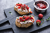 Toasted bread with vegan cottage cheese and strawberry chili chutney