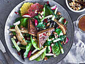 Tofu salad with vegetables and fruit