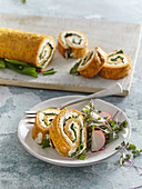 Carrot roll with wild garlic