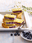 Crumble cake with blueberries