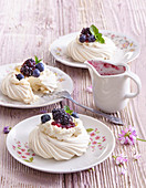 Blueberry mini Pavlova