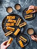 Simnel Flapjacks mit Marmelade und gebranntem Marzipan