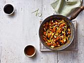 Gong Bao Hähnchen mit Erdnüssen (China)
