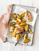 Spicy rosemary potatoes with chicken breast