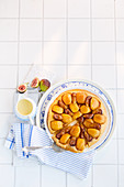 Tarte Tatin with apples and figs