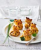 Crepetäschchen mit Kräuterfüllung
