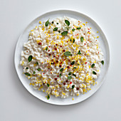 Lemon risotto with pink pepper