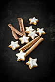 Vegan almond cinnamon stars