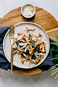 Spaghetti with chanterelles and sage
