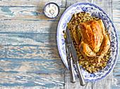 Safranbutterhähnchen mit Dattel-Couscous-Füllung