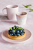 Blueberry tart with custard cream