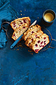 Raspberry and banana bread with crumble