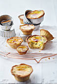 Caramelized passion fruit sour cream tartlets with nutmeg
