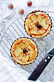 Puff pastry tartlets with apples and hazelnuts