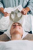 Spirulina anti-aging clay face mask beauty treatment