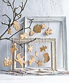 Figürliche Weihnachtsplätzchen als Weihnachtsschmuck zum Aufhängen