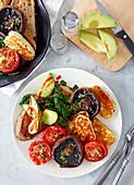 Gemischtes Gemüse, Pilze und Halloumi vom Grill