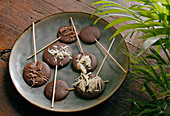 Chocolate Lollipops - Step by step