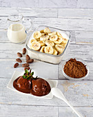 Banana chocolate ice cream with oat milk, bananas and raw cocoa powder