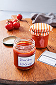 Selbst gemachtes Tomatenketchup