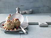 Bread dumplings with cranberry