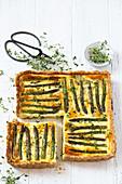 Asparagus tart with thyme
