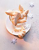 Anis-Chräbeli (anise meringue biscuits)