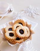Spitzbuben (jammy shortbread biscuits)