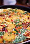 Potato and pepper tortilla (close-up)