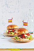Spanish chorizo burger with peppers and manchego cheese (football evening)
